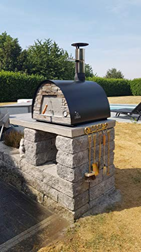 Maximus-Black-Wood-Fire-Oven-0-1